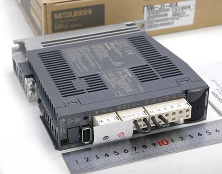 MR-J3-40A.jpg